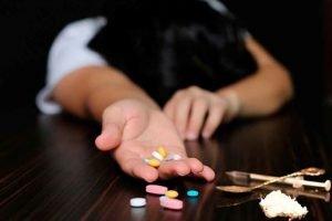 Ölkədə narkoman qadınların sayı artıb